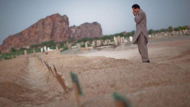 अहमदिया समुदाय के लोगों की कब्र