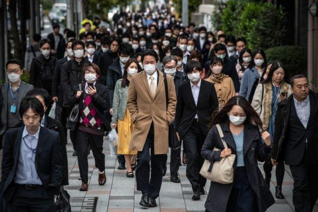 Japón reabre su frontera a extranjeros vacunados