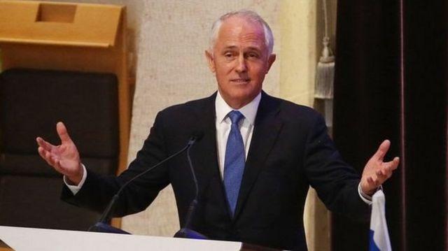 มัลคอล์ม เทิร์นบูลล์ นายกฯ ออสเตรเลีย ระบุวาการเปลี่ยนแปลงนี้ จะให้สิทธิกับคนออสเตรเลียก่อน