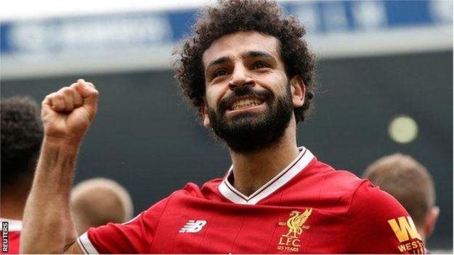 Mshambuliaji wa Misri Mohamed Salah amesema Liverpool haijazungumza naye kuhusu kuongeza mkataba wake