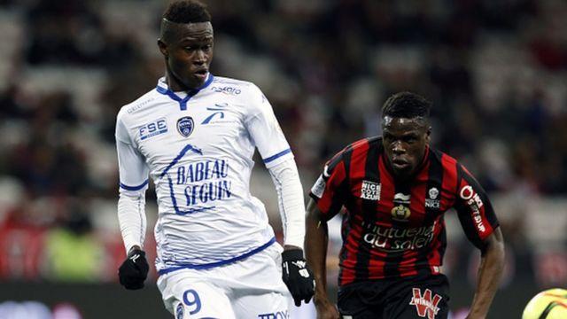 Les sénégalais Babacar Gueye et Mbaye Leye ont chacun inscrit un but au cours de la victoire de Zulte Waregem face à Sint Truidense ( victoire 4-1).