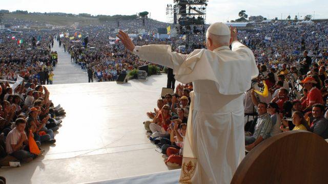 Katolik Kilisesi lideri Papa Francesco