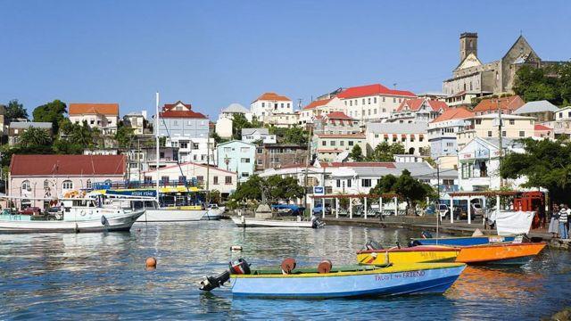 Đảo quốc Grenada ở vùng Caribe xa xôi được nhiều người Việt chọn để nhập tịch.