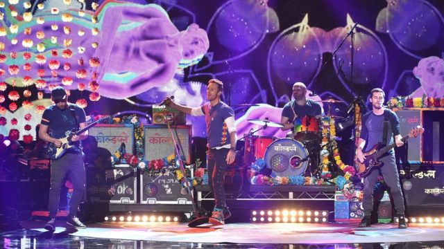 Coldplay 'excited and honoured' to headline Super Bowl 50 half-time show