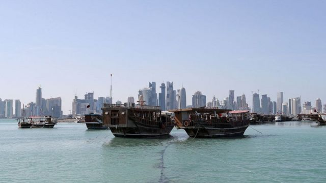 Вид на порт Дохи с моря