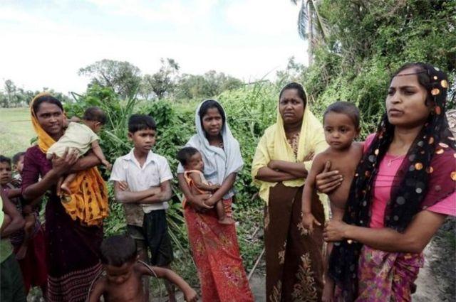 Abagore benshi b'aba Rohingya bavuga ko bafashwe ku ngufu n'abasirikare