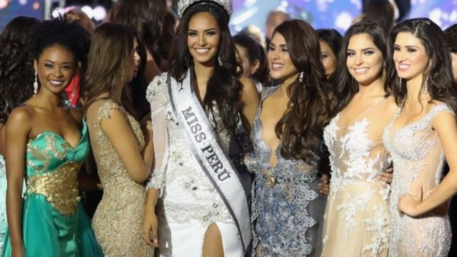 Miss Peru 2017 Romina Lozano and other contestants