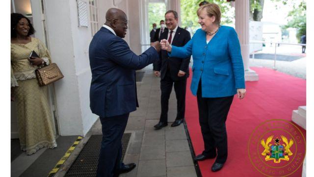 Beziehungen zwischen Ghana und Deutschland: Aguofo-Auto Ghana und Angela Merkel Deutsche Beziehungen - Was Sie wissen müssen