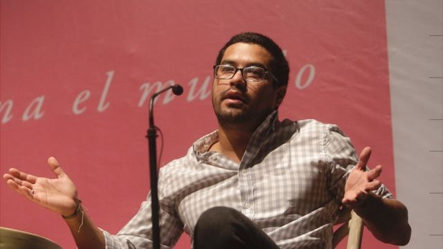 El periodista Óscar Martínez durante el Hay Festival Querétaro.