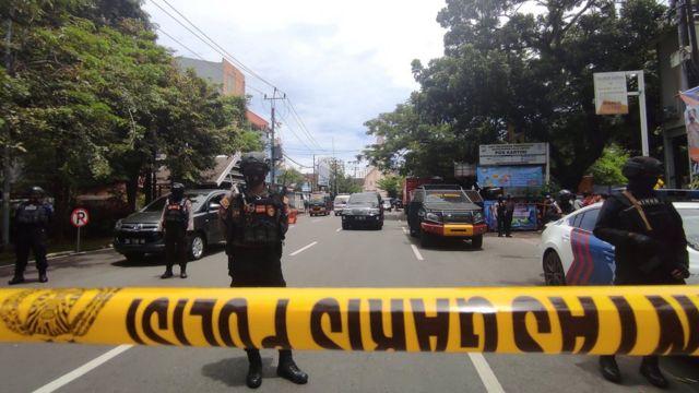 قرب موقع تفجير الكنبسة في اندونيسيا