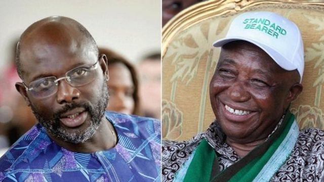 George Weah (ibumoso) na Joseph Boakai nibo bahatanira intebe y'umukuru w'igihugu.