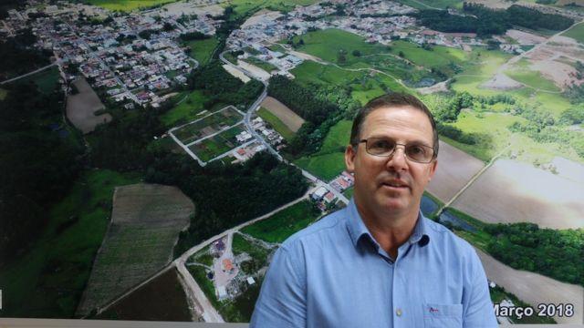 Alcalde de Treze de Maio, Clésio Bardini de Biasi,.