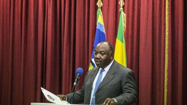 Les femmes représentent 30 % du nouveau gouvernement nommé par Ali Bongo Ondimba (en photo).