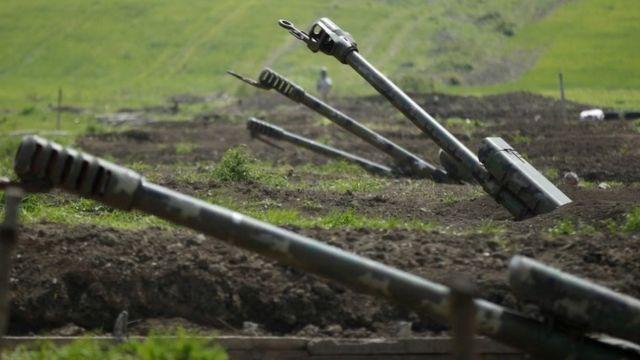 Azerbaycan ve Ermenistan arasında dün yaşanan çatışmalarda bir Azerbaycan askeri hayatını kaybetti
