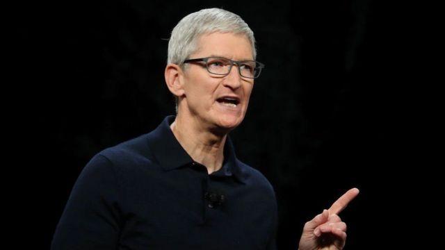 Tim Cook Apple yöneticiliğini 2011 yılında şirketin kurucusu Steve Jobbs'dan devralmıştı