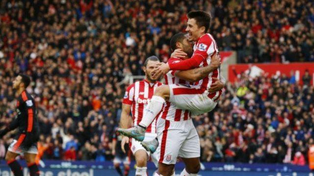 'Yan wasan Stoke City na murnar cin kwallo
