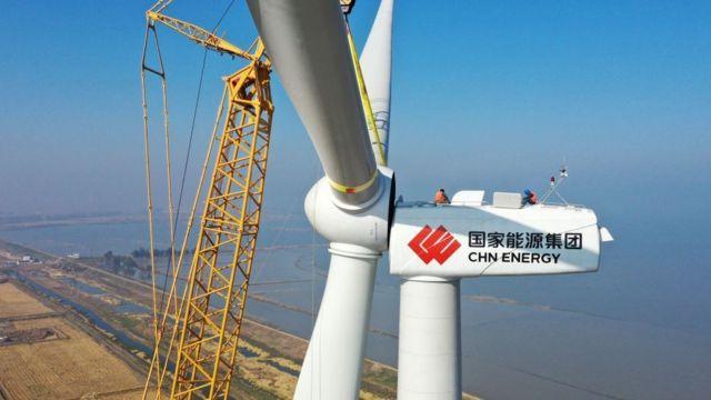 Generador eólico en China.