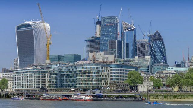 การก่อสร้างในกรุงลอนดอน