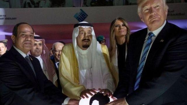 ट्रंप के साथ अल सिली और सउदी किंग सलमान