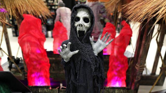 Главный торговый сезон года завершился, не успев начаться - в Хэллоуин