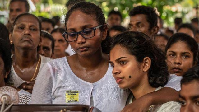 Похороны погибших на Шри-Ланке