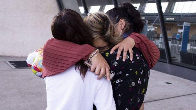 Afganos evacuados llegan a Washington DC