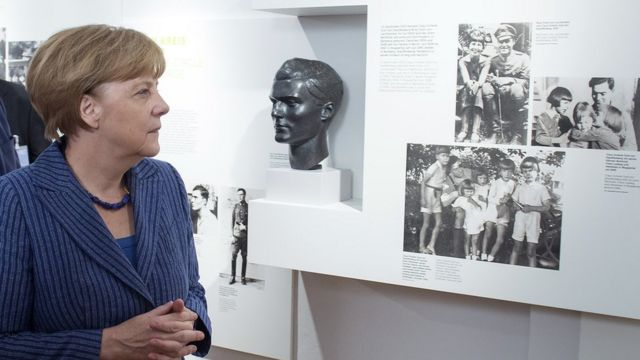 Merkel marks Hitler assassination attempt with anti-extremism appeal