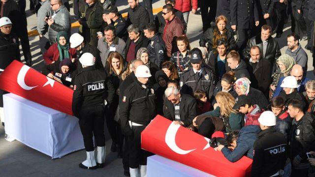 تأبين ضحايا تفجيري اسطنبول