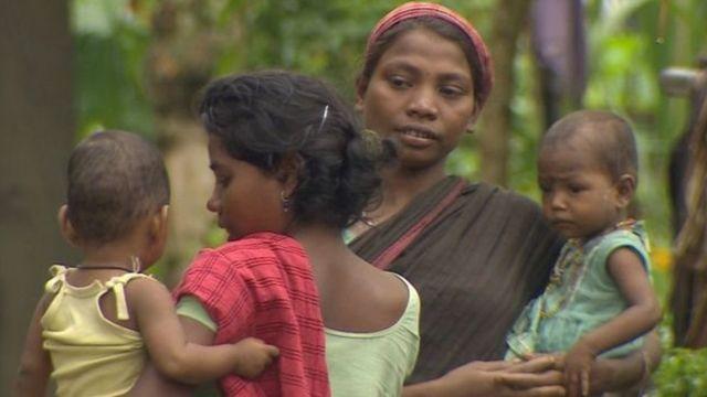 चाय बागान में काम करने वाली महिला कामगार