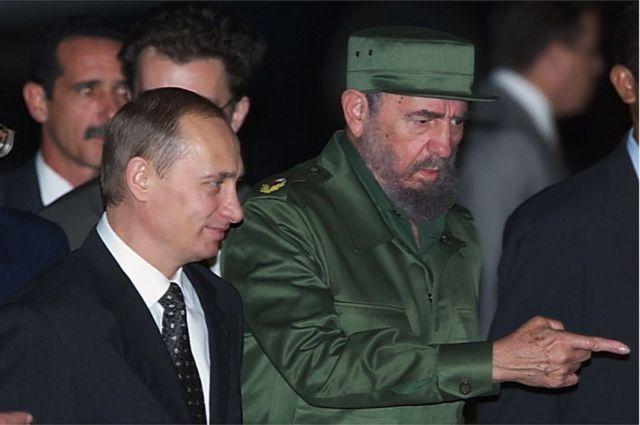 Le dirigeant russe Vladimir Poutine (en 2000) a rencontré Castro plusieurs fois.
