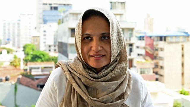 Una mujer con hijab.