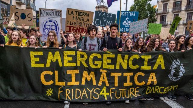 Jóvenes protestan en Barcelona contra el cambio climático, 24 de mayo de 2019