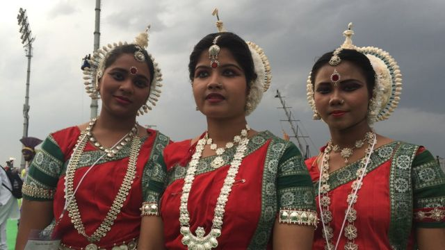 Dancers at the World Cultural Festival
