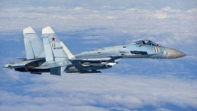 ロシアのスホイ27(Su-27)戦闘機(資料写真)