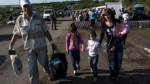 Ukraine crisis: Rebels order UN agencies to leave Luhansk