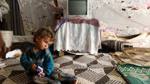 image of a displaced child in Syria