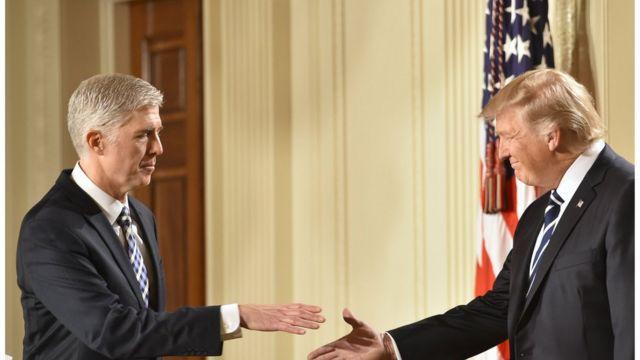 Нил Горсуч и Дональд Трамп