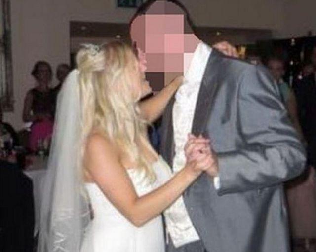Samantha Wragg baila con su marido el día de su boda.