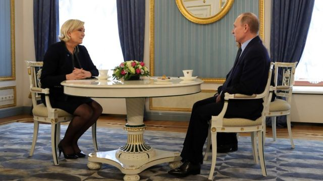 Марин Ле Пен и Владимир Путин на встрече в Кремле 24 марта 2017 года