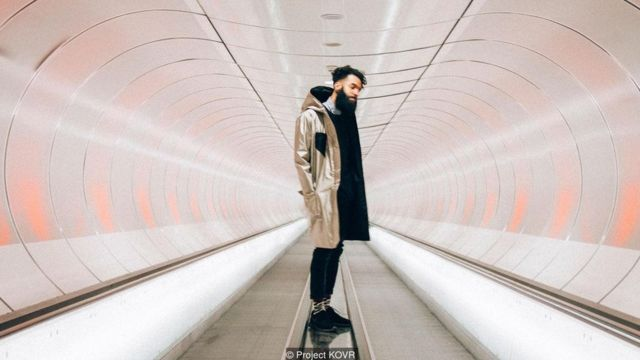 The Dutch design duo Project KOVR has designed the Anti-Surveillance Coat, cut from metallic fabric to protect our personal information