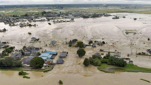 Japan floods: City of Joso hit by 'unprecedented' rain