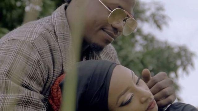 म्यूजिक वीडियो में नाइजीरिया की अभिनेत्री