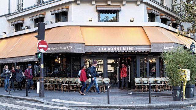 """Le café """"A la bonne bière"""" fait partie de la série d'attentats du 13 novembre 2015."""