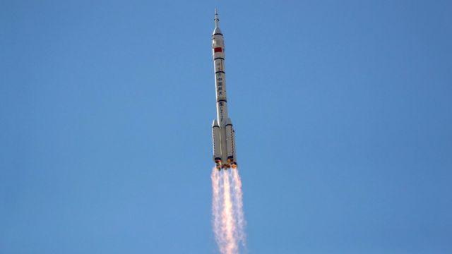 Shenzhou-12 kapsülü roketten başarıyla ayrıldı