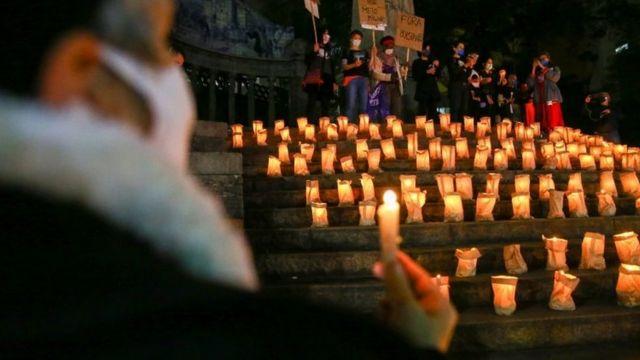 Vigília pelos mais de 500 mil mortos na pandemia, em São Paulo