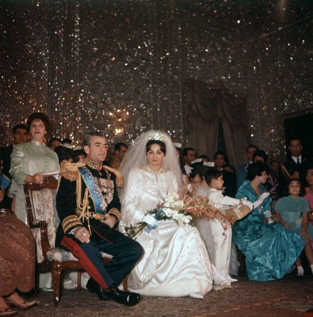 مراسم ازدواج شاه و فرح دیبا