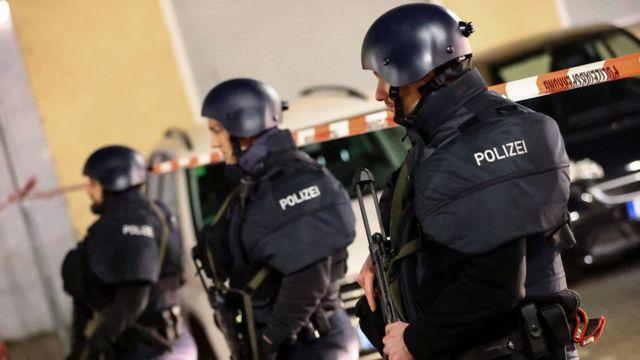 Polisi di tempat peristiwa