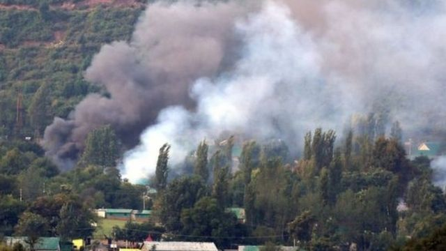 भारत प्रशासित कश्मीर के उड़ी में रविवार को हुए चरमपंथी हमले में 18 सैनिकों की मौत हो गई थी.