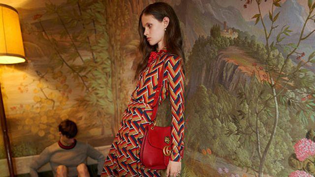 """El organismo de control de la publicidad británica prohibió este anuncio de Gucci ya que representa lo que se considera una mujer """"enfermizamente delgada"""""""