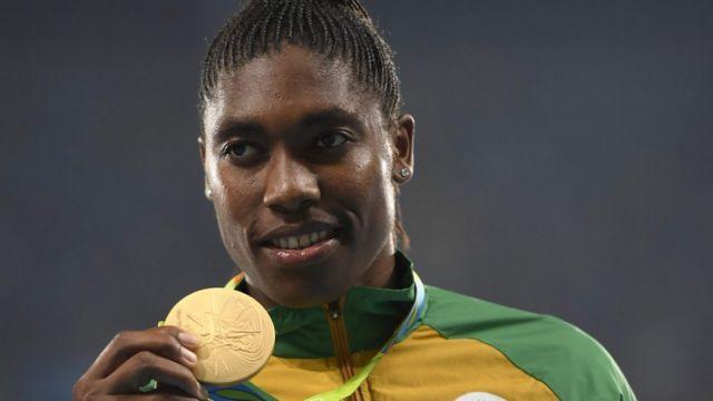 Semenya celebró su oro en Río 2016.